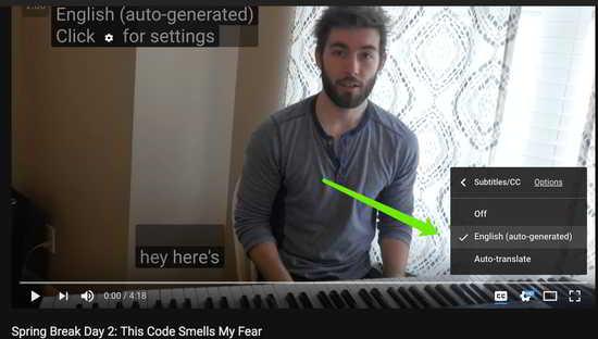 点击YouTube视频右下角齿轮图标,选择英文English(auto-generated)