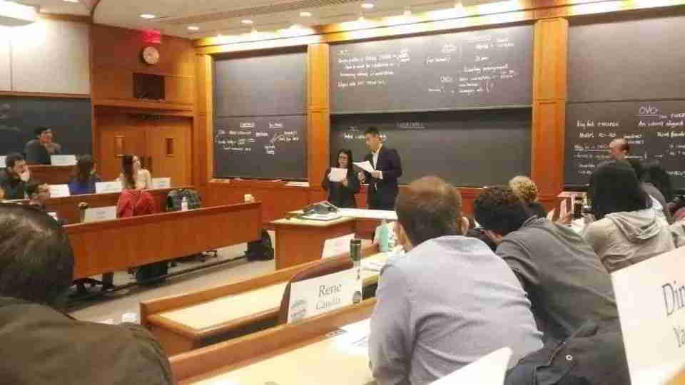 哈佛商学院邀请村村乐董事长,去分享此项目的成长经验,并成为经典的病毒式营销成功案例